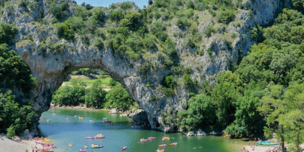 Vacances en camping en Ardèche : réserver en ligne